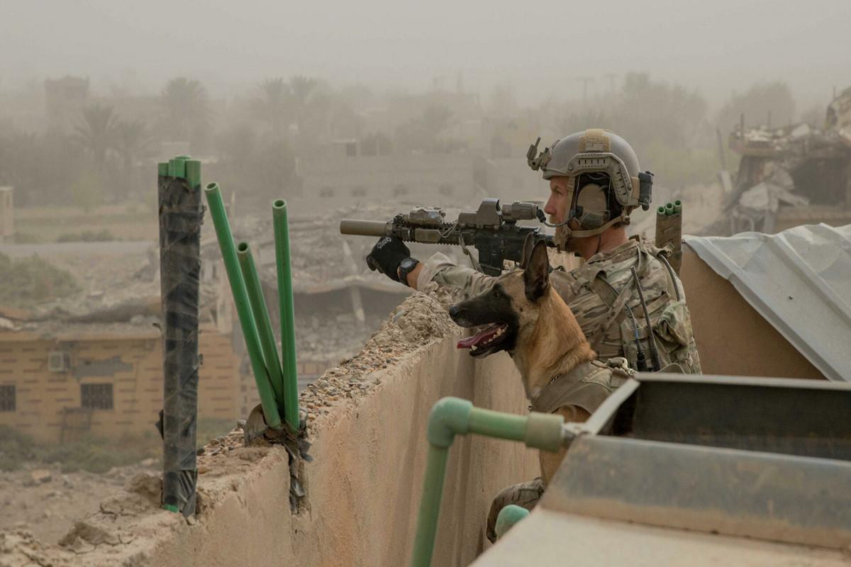 Американские войска попали под обстрел на востоке Сирии