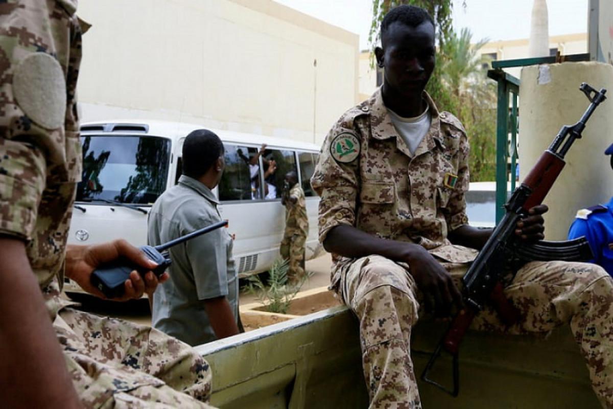 В Судане шесть человек погибли в результате нападения на спортивный клуб
