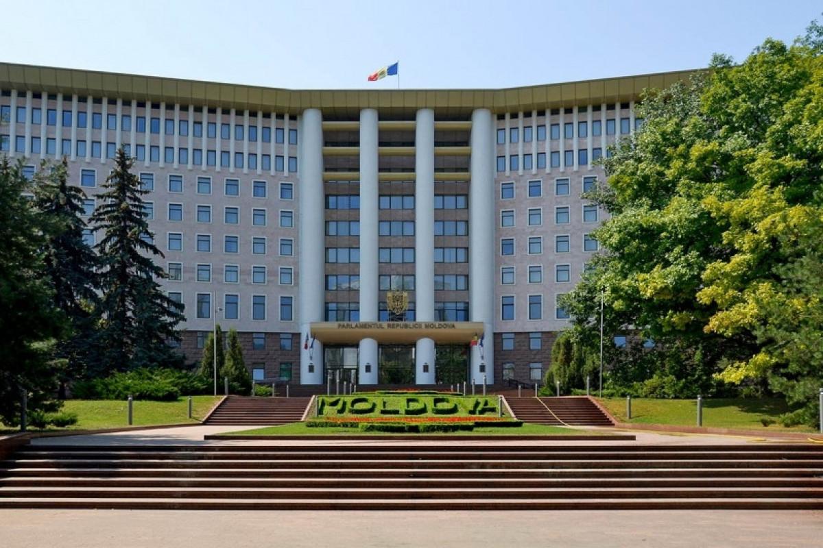 Moldovans elect new parliament
