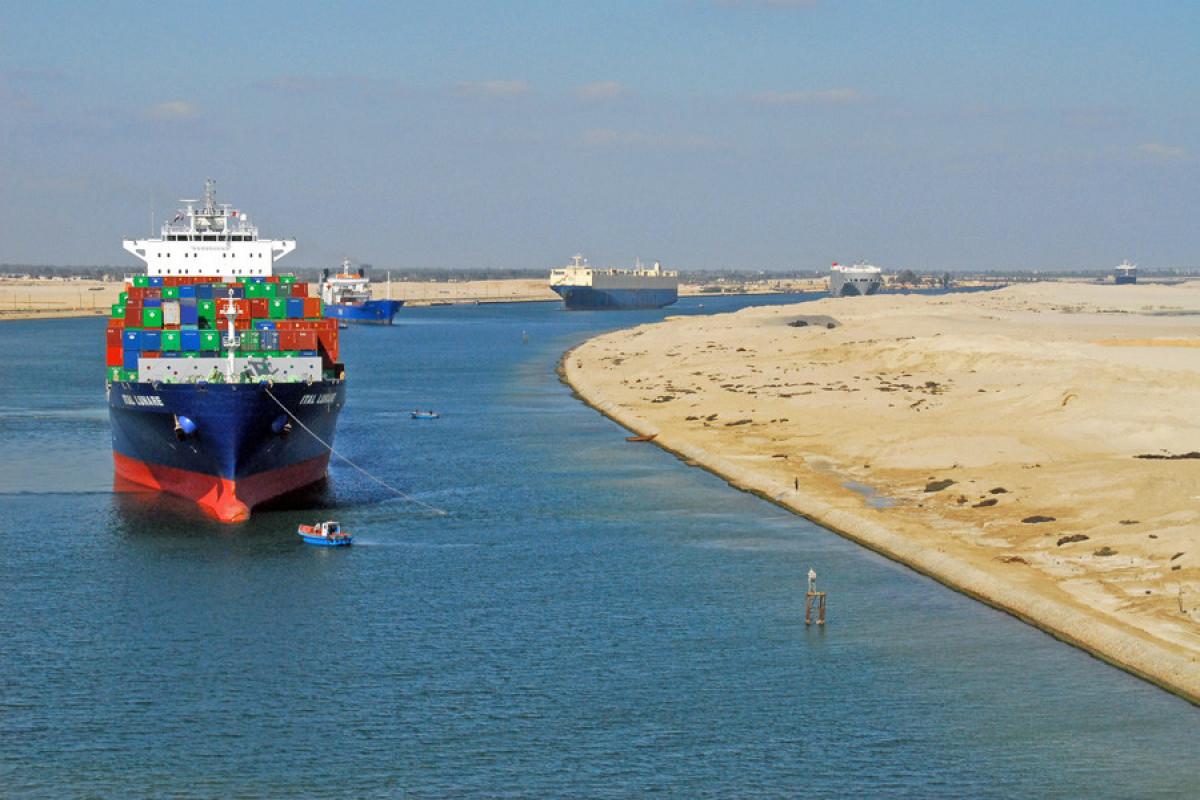 Доход Суэцкого канала побил рекорд