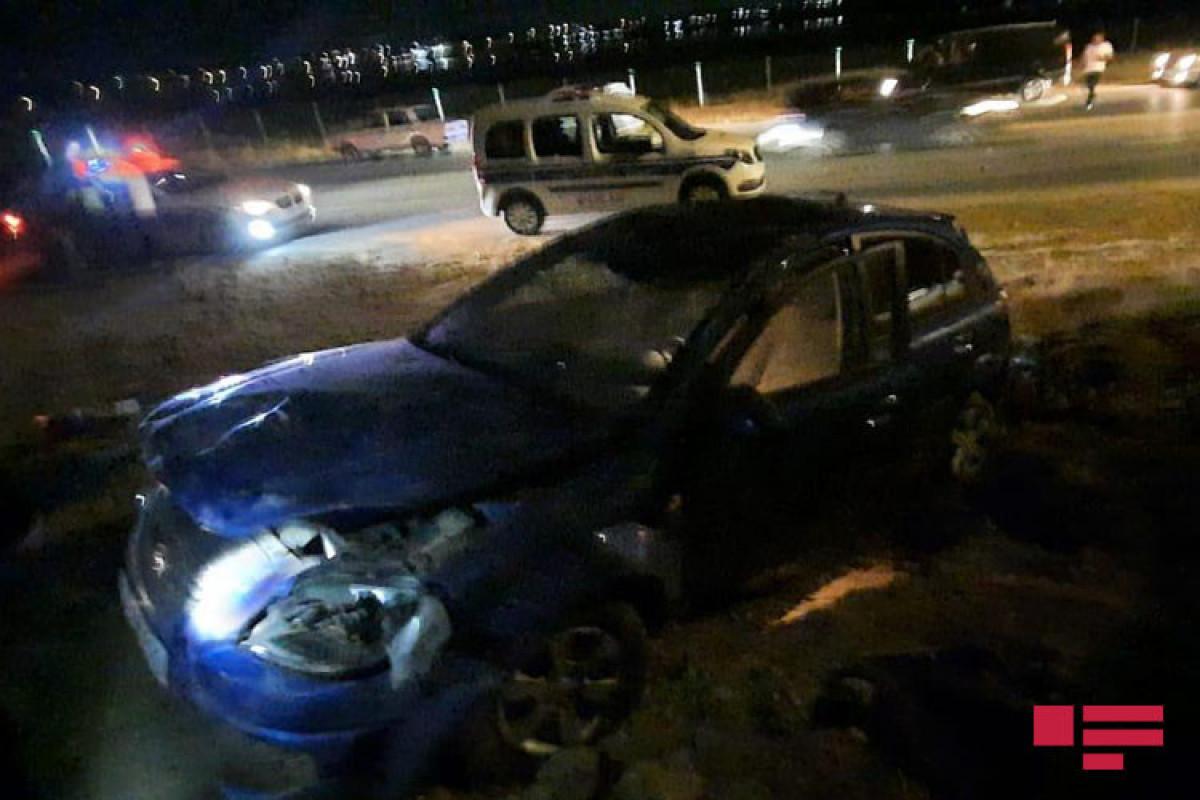 Abşeronda sərxoş sürücü avtomobili dərəyə aşırıb - FOTO