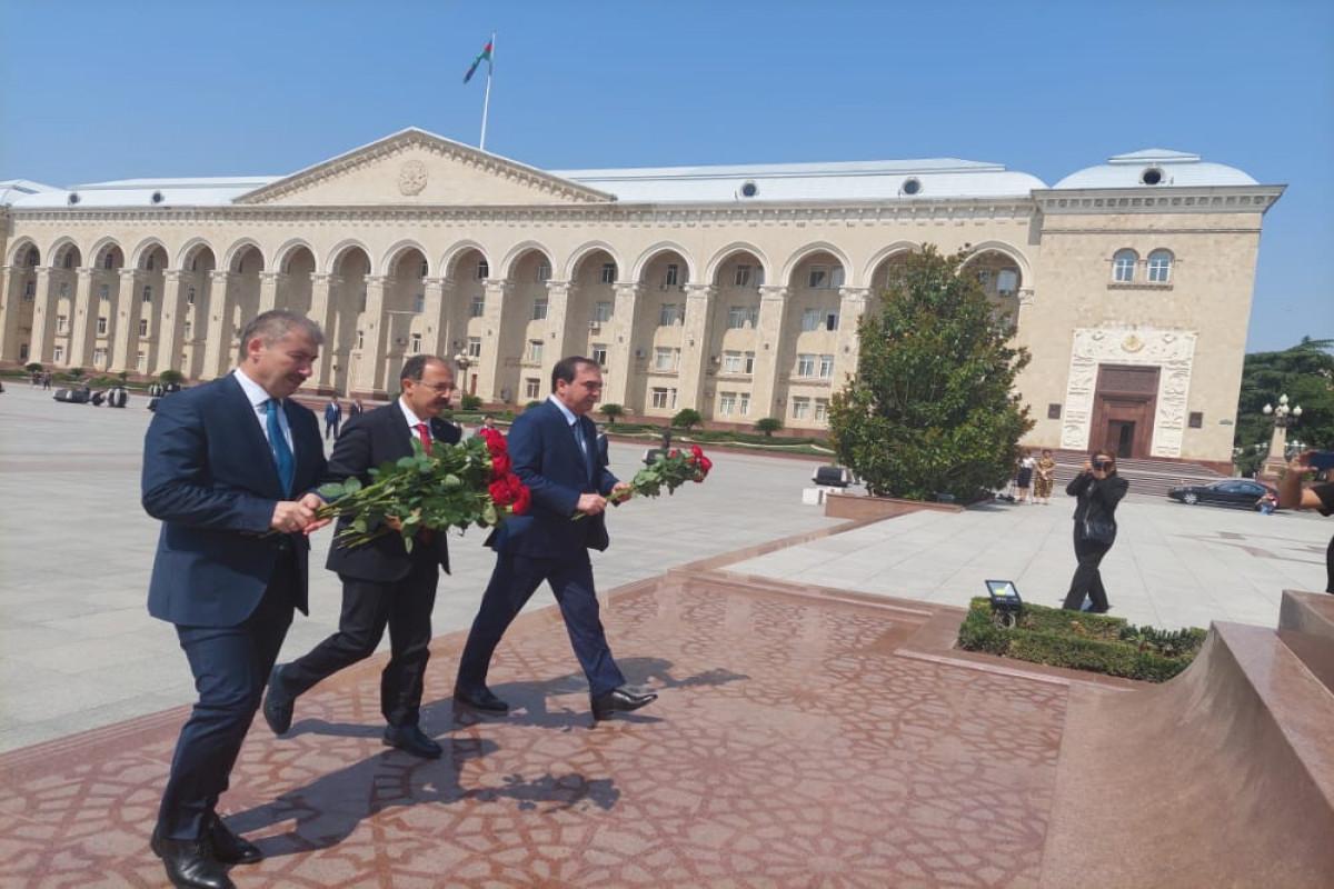 Посол Турции в Азербайджане Джахит Багчи посетил Гянджу
