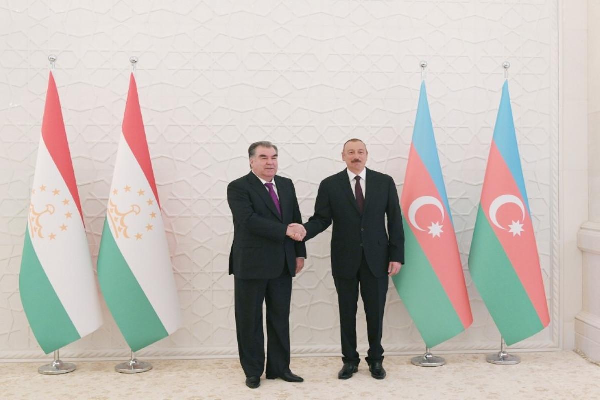 Emomali Rahmon makes a phone call to President Ilham Aliyev
