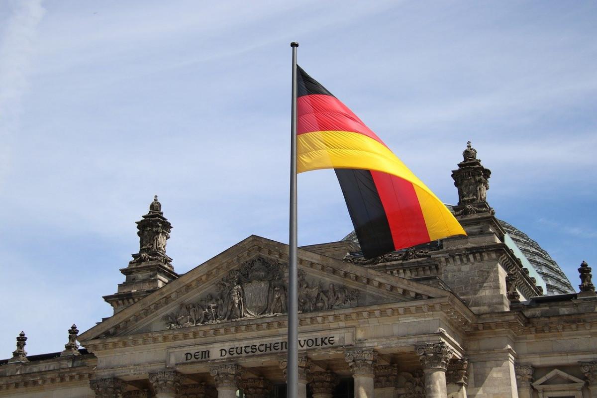 Almaniyada topdansatış qiymətlərinin artım tempi iyunda 40 illik maksimuma çatıb
