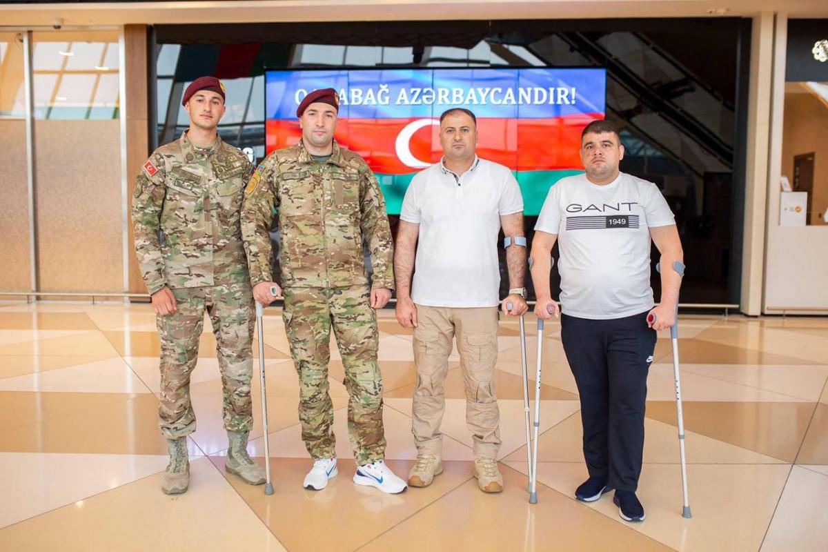 Фонд «YAŞAT» отправил на лечение в Турцию еще 8 участников войны