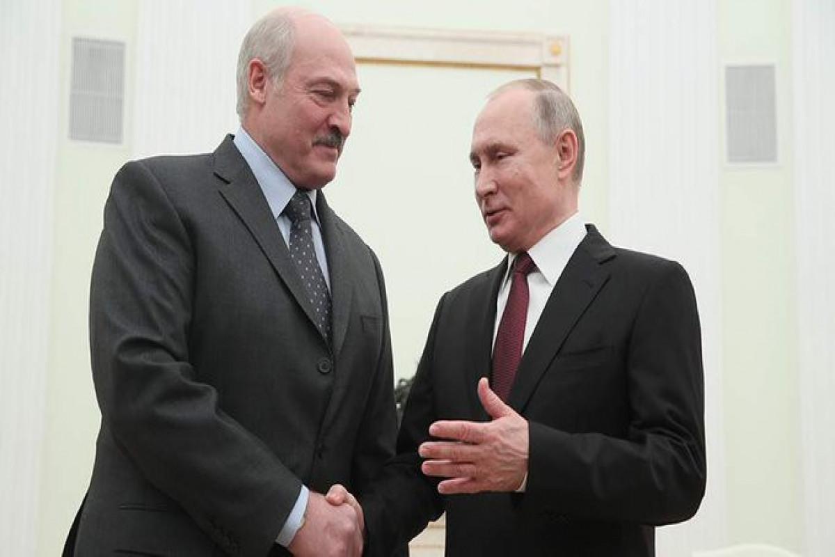 Lukashenko, Putin holding talks in St. Petersburg