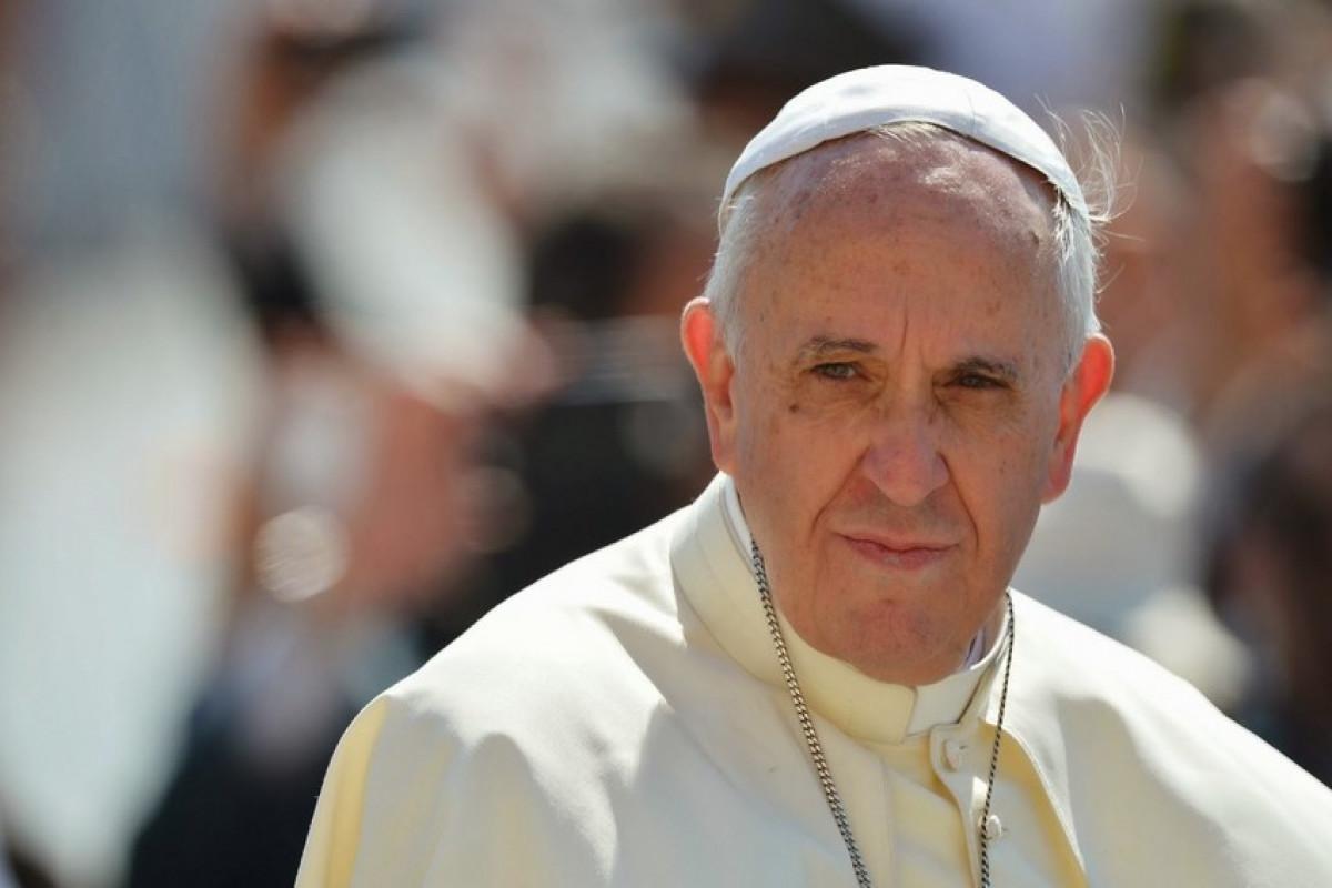 Əməliyyat olunan Roma Papası xəstəxanadan buraxılıb