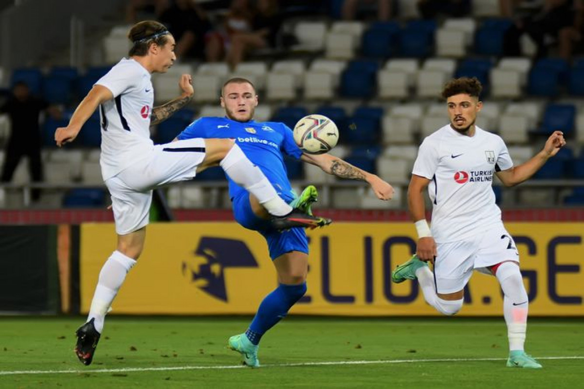 Neftchi qualified the next stage of the Champions League