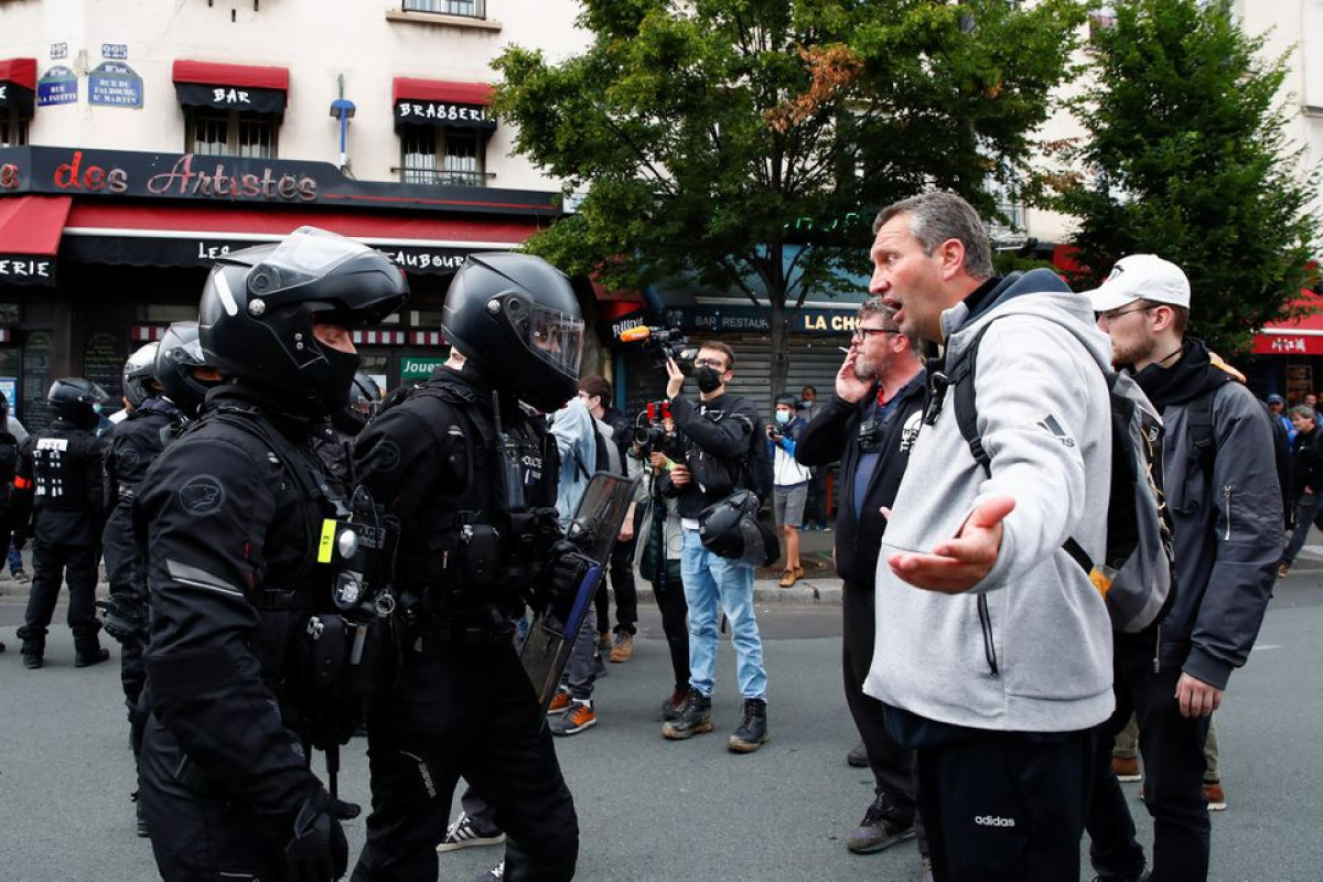 Protests in France against COVID-19