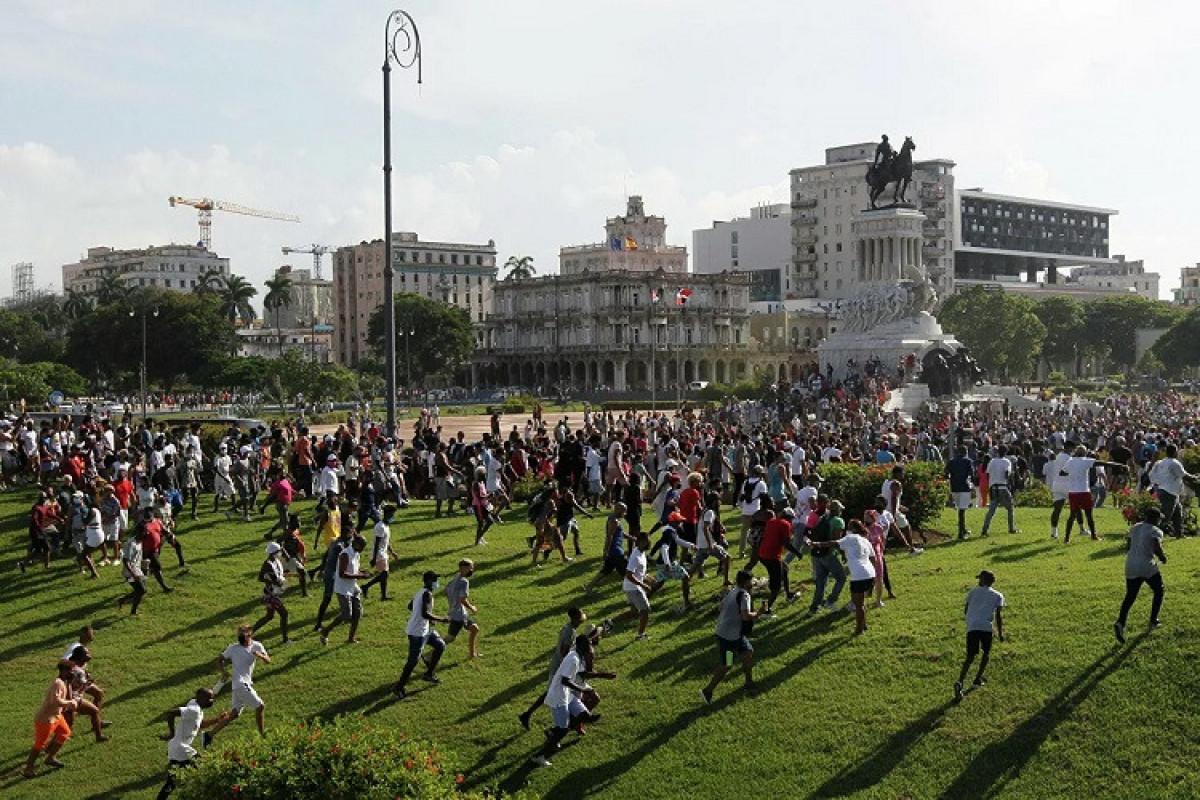 Mayami meri ABŞ-ı Kubaya zərbələr endirməyə çağırıb