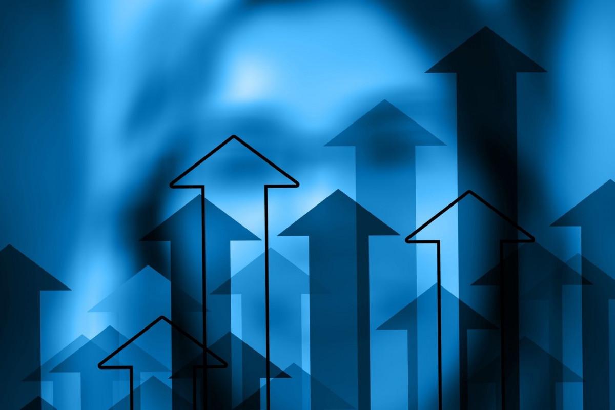 Azerbaijani economy grew by 2,1%