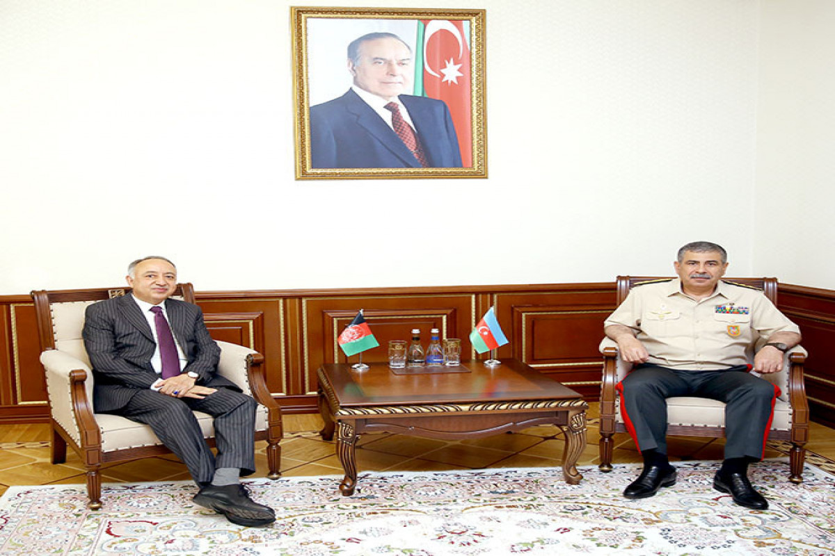 Defense Minister meets with the newly appointed Ambassador of Afghanistan to Azerbaijan