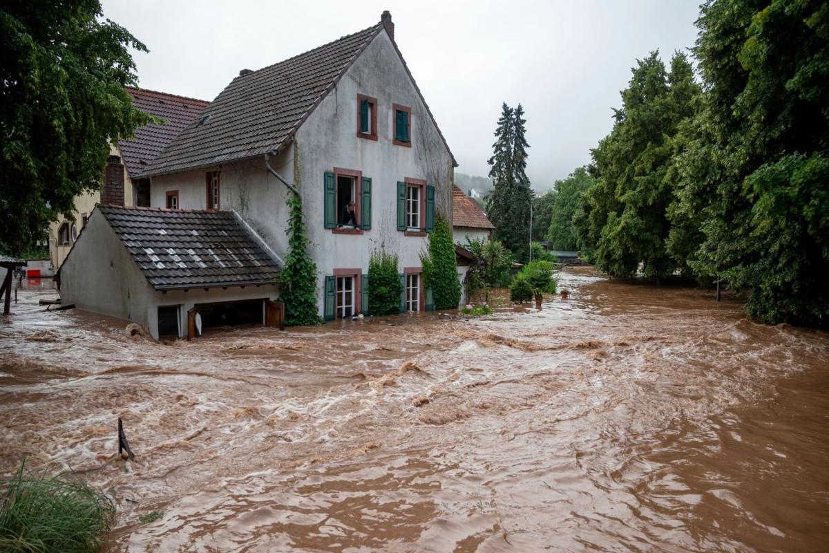 Almaniyada sel nəticəsində 42 nəfər ölüb, 70 nəfər itkin düşüb - YENİLƏNİB