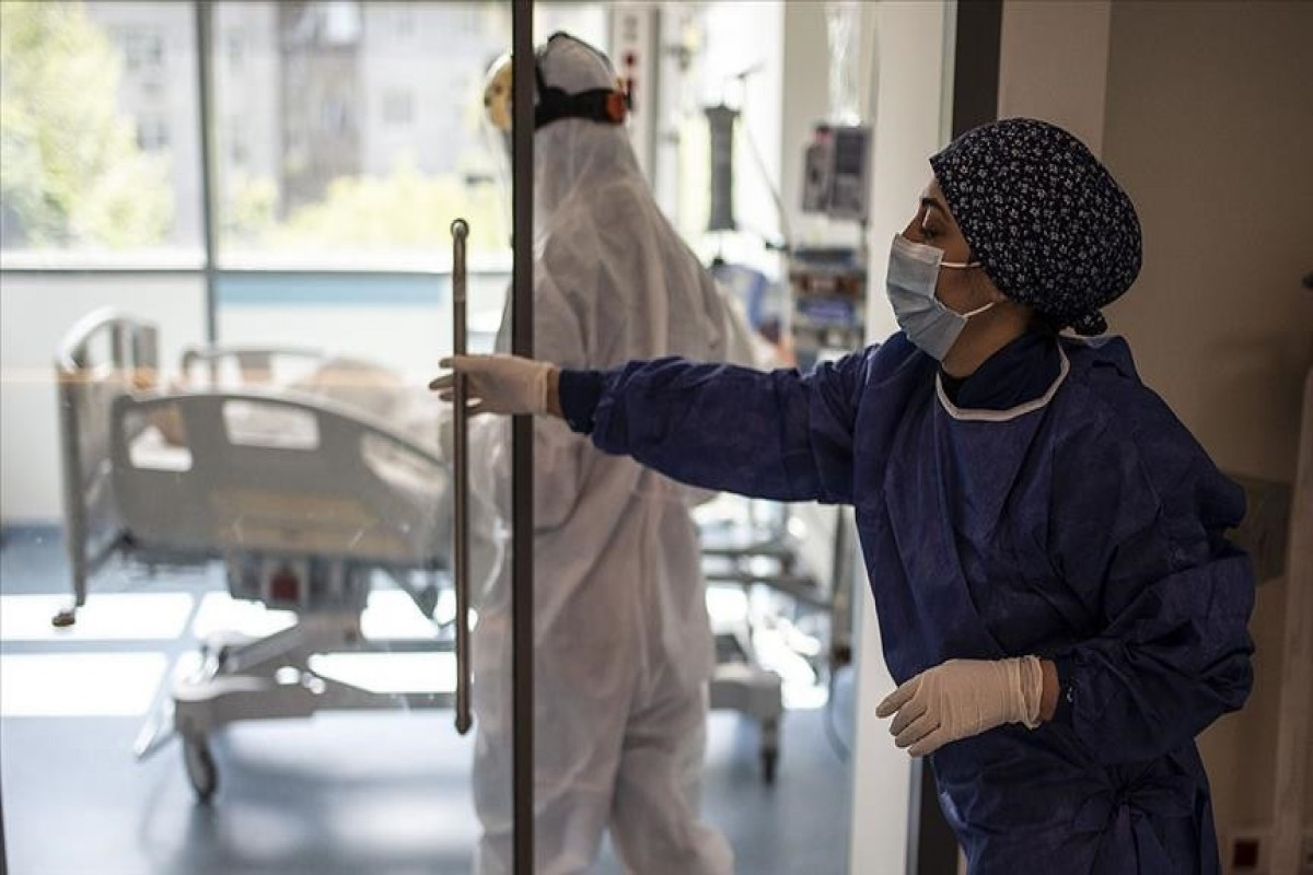 Turkey reports 7,304 COVID-19 cases, 48 deaths