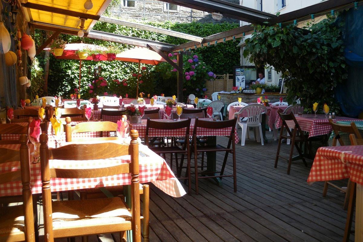 Bərdədə karantin qaydalarını pozan restoranlar müəyyən edilib