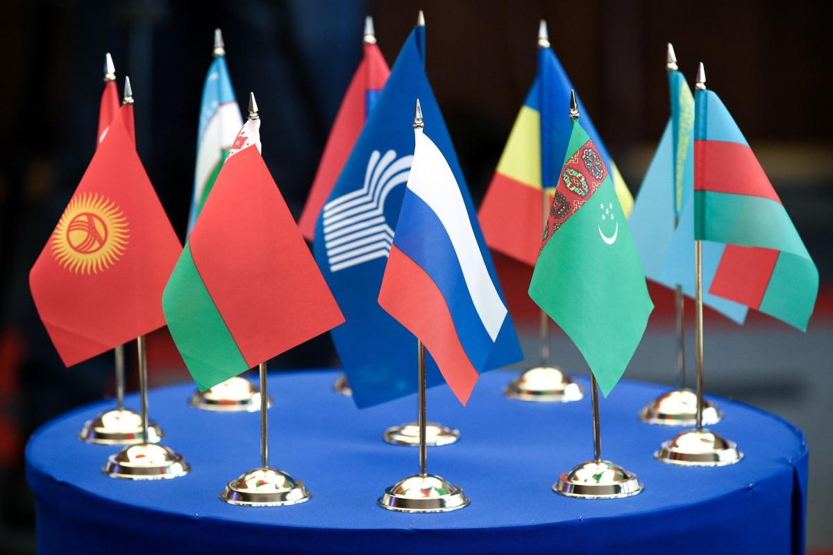 Отрицательное сальдо торгового баланса Азербайджана со странами СНГ снизилось до 18%