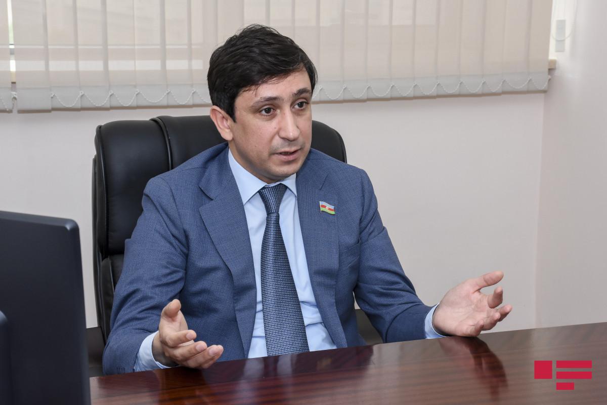 """Deputat: """"Aİ faktiki olaraq Ermənistanı satın alır, Rusiya artıq qəti qərar verməlidir"""""""