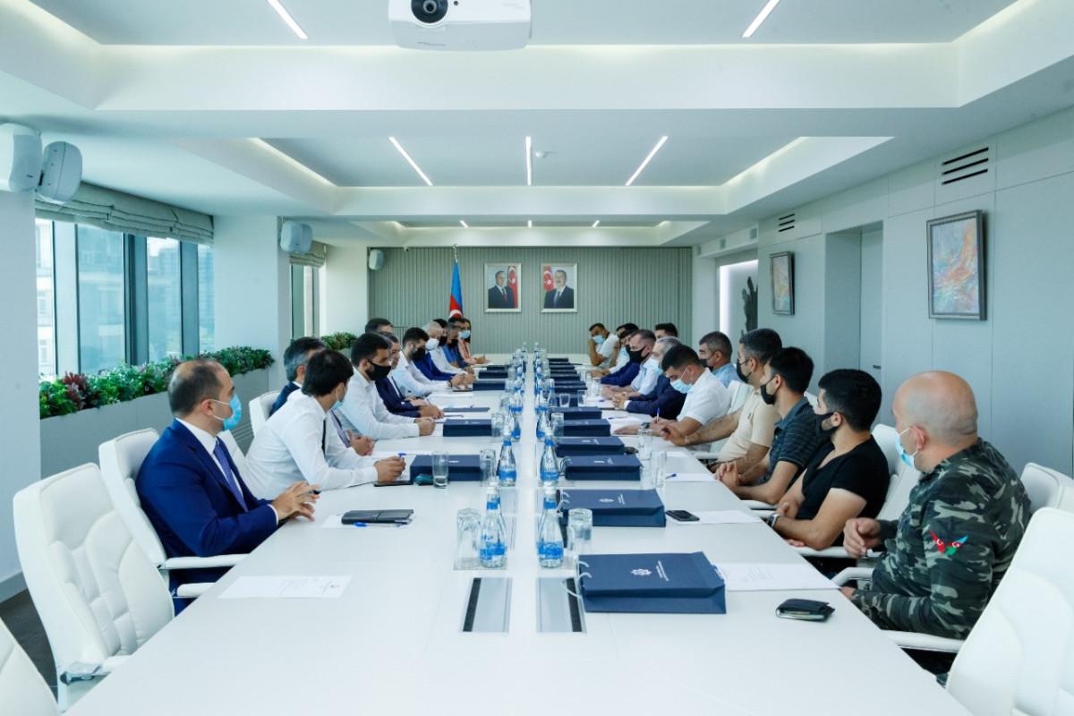 Sahil Babayev Vətən müharibəsində iştirak edən jurnalistlərlə görüşüb