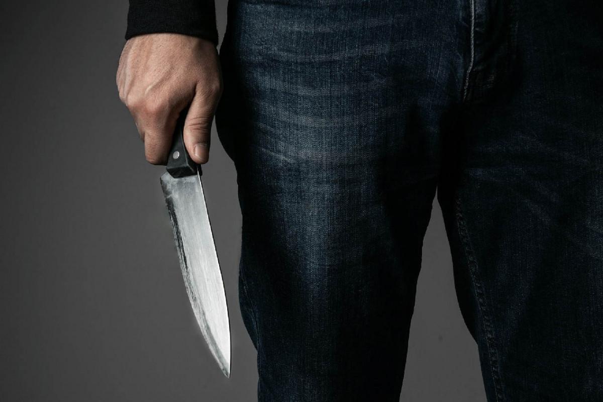 Bakıda kişi həyat yoldaşını bıçaqlayıb