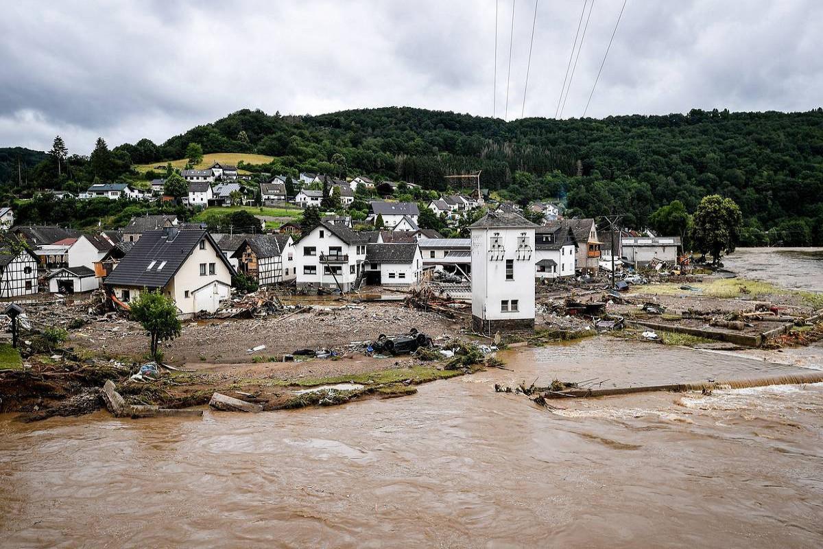 Число жертв наводнения в Бельгии достигло 36