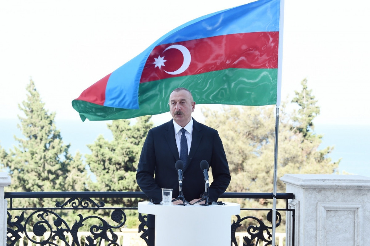 Ильхам Алиев: Сегодня перед нами стоят большие вызовы и задачи, связанные с разминированием и реконструкцией территорий