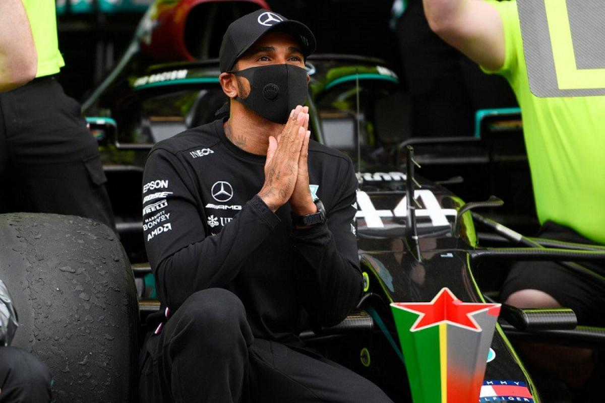 """Hemilton """"Formula 1"""" yarışlarında Britaniya Qran-prisinin qalibi olub"""