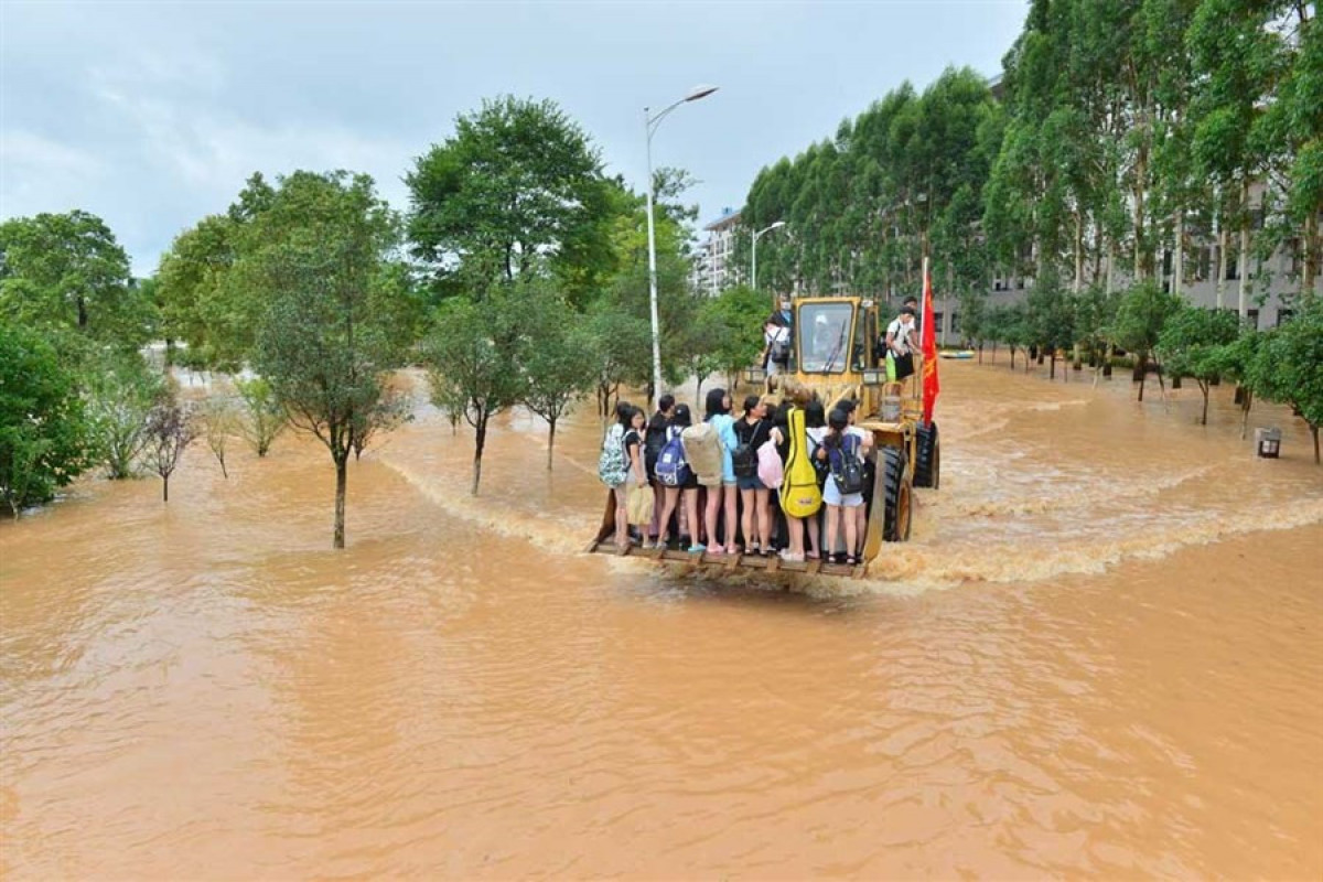 Floods affect over 16,000 in China