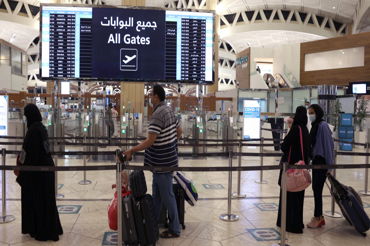 Saudi Arabia to allow vaccinated citizens to travel abroad