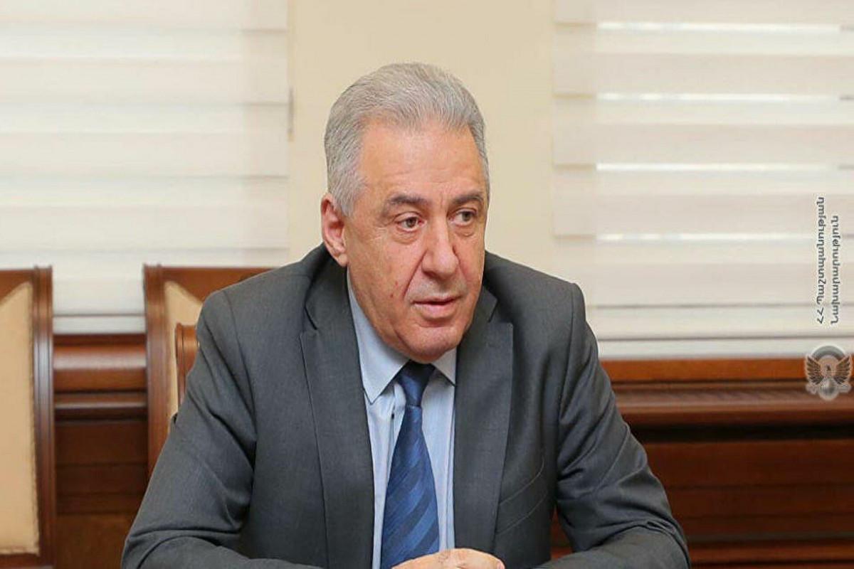 Министробороны Армении ушел в отставку - ВИДЕО