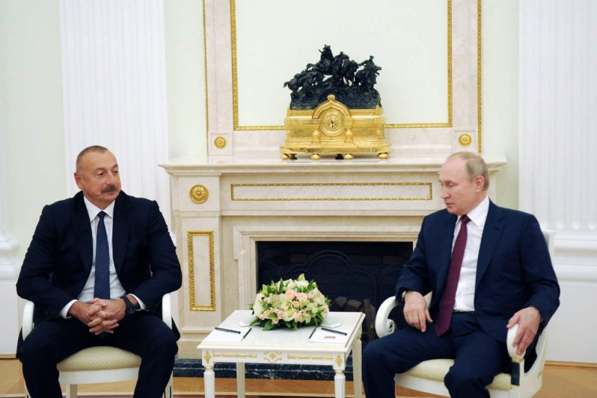 Ильхам Алиев: По транспортному коридору Север-Юг было транспортировано грузов где-то на 20 процентов больше, чем в прошлом году