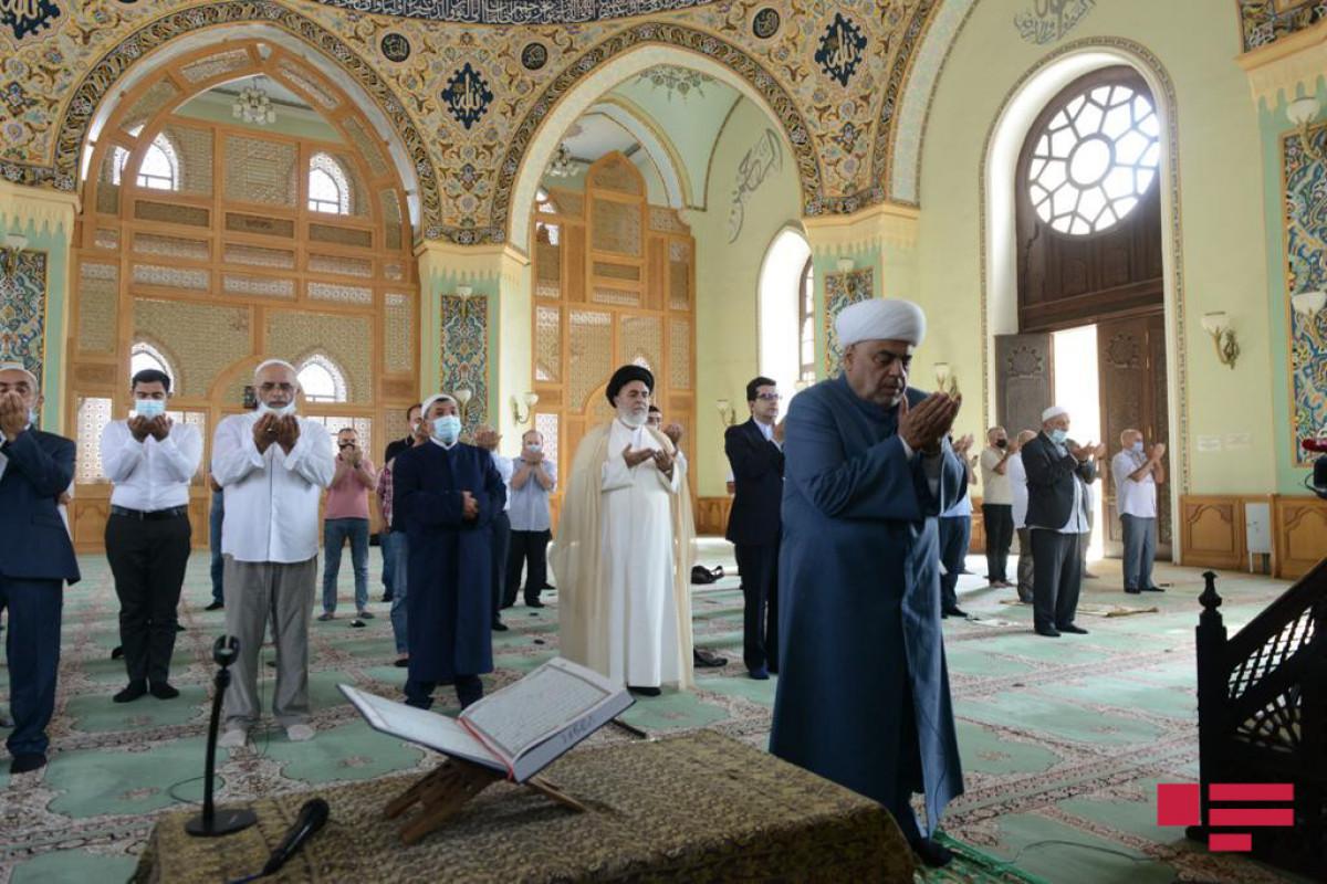 "В мечети «Тезепир» совершен праздничный намаз-<span class=""red_color"">ФОТО"