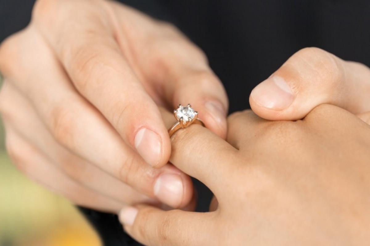 В Астаре предотвращено проведении церемонии помолвки 16-летней девушки