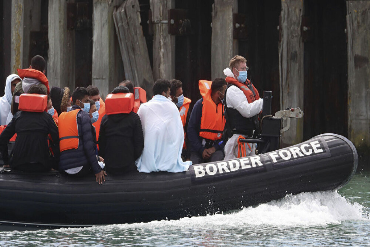 UK to pay France 55 mln pounds to combat surge in illegal migrants