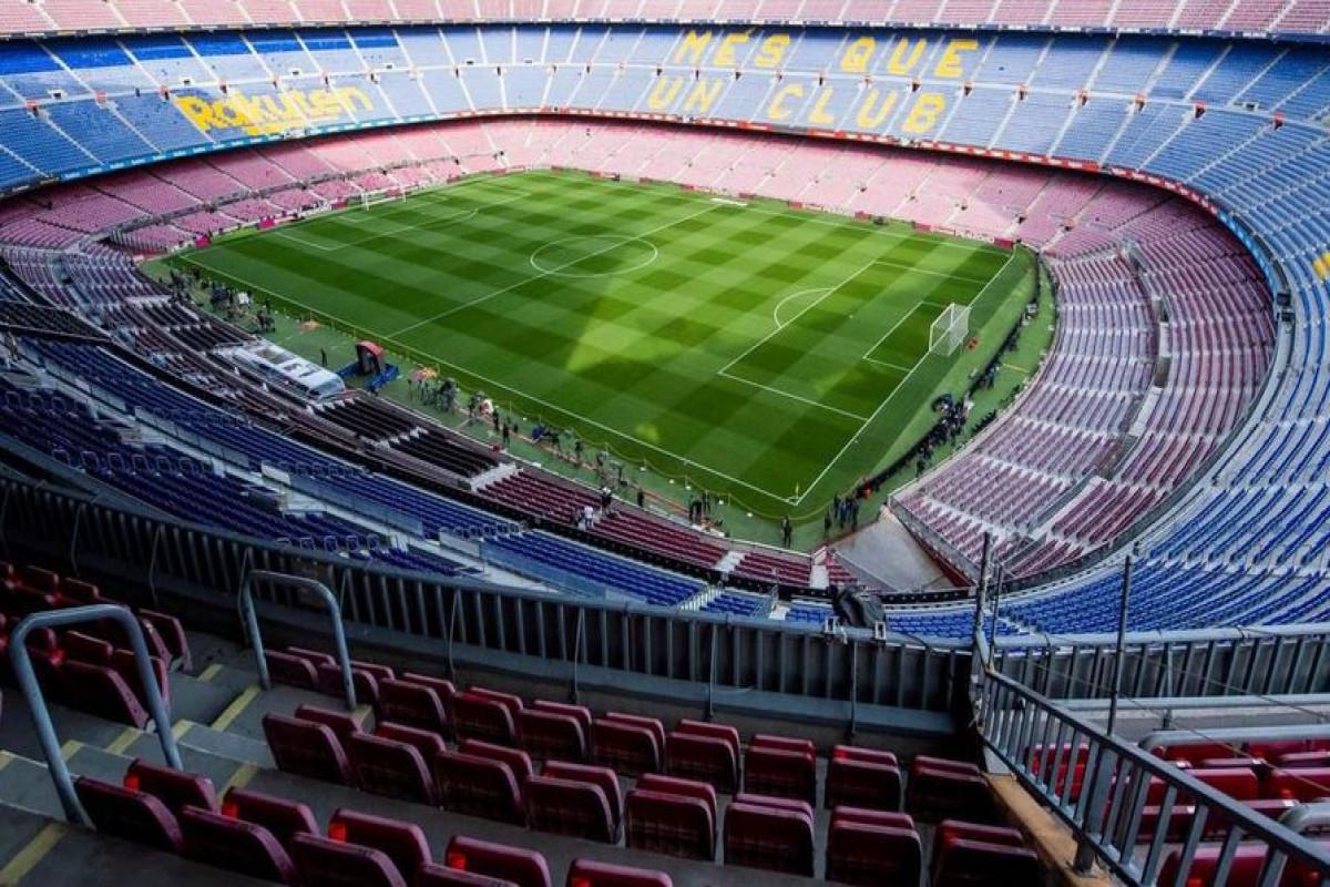 «Барселона» запретила игрокам смартфоны и необычные прически