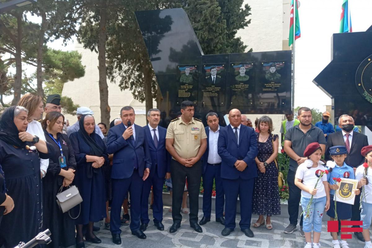 В Баку открылся парк Полада Гашимова - ФОТО