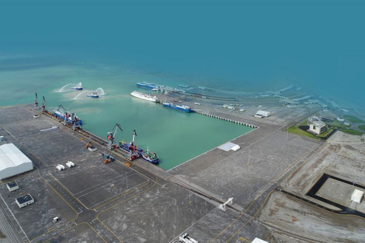 New fertilizer terminal to be commissioned in Baku port next year