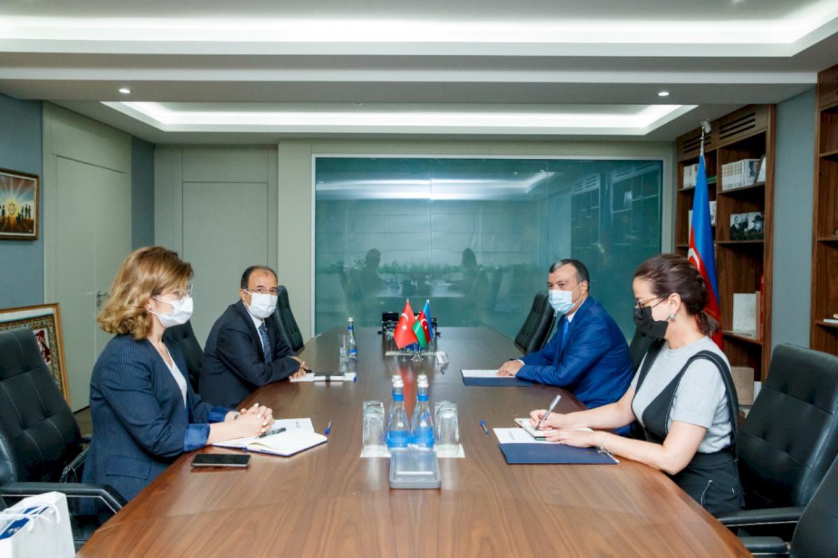 Türkiyə ilə sosial sahədə əməkdaşlığın gələcək inkişafına dair fikir mübadiləsi aparılıb