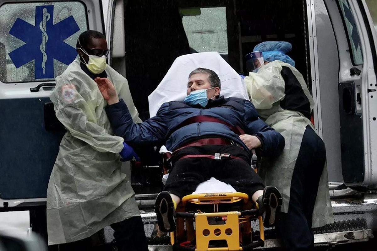Britaniyada 40 minədək insanda koronavirus aşkarlanıb