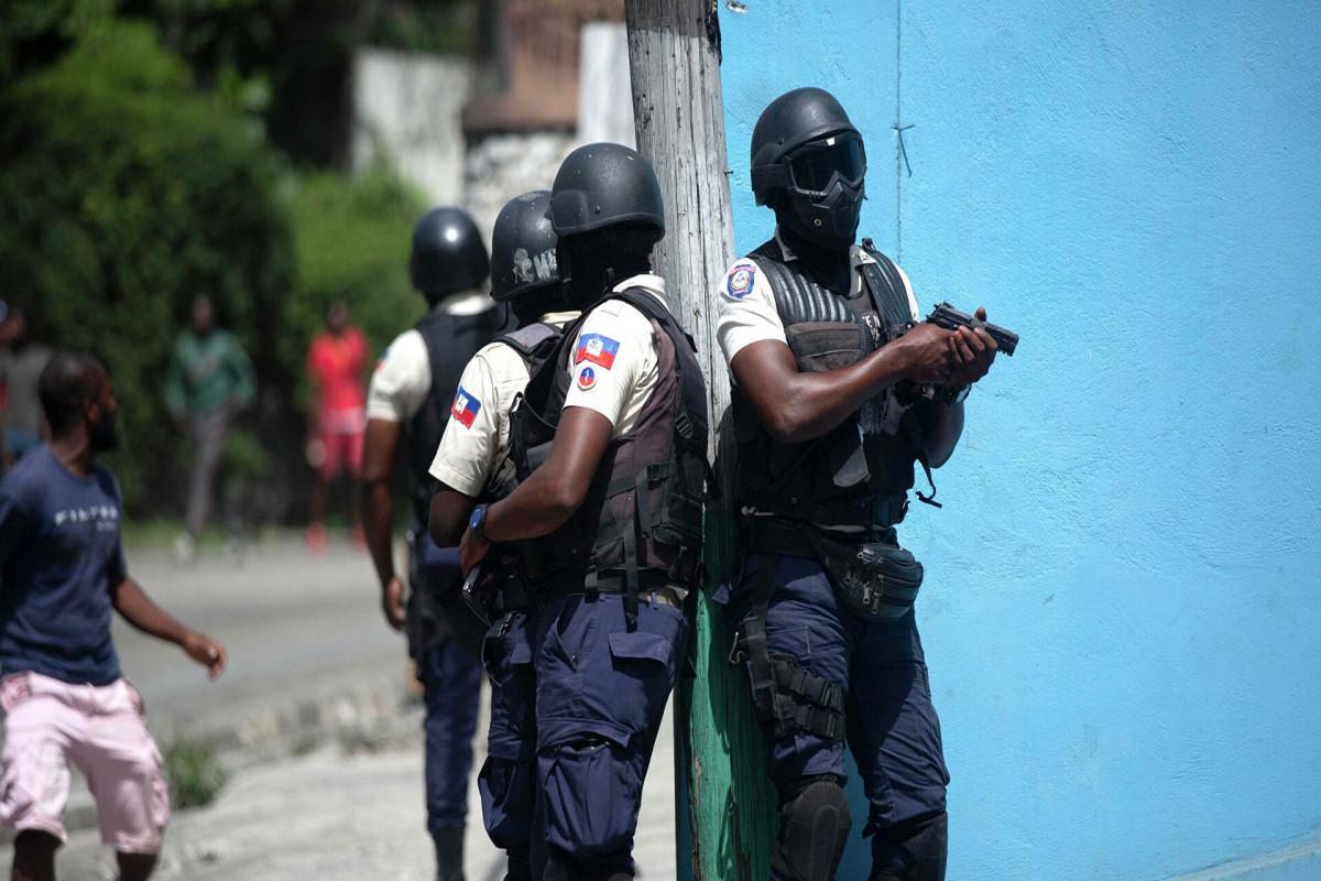 Госдеп: Убийцы президента Гаити учились по военным программам США