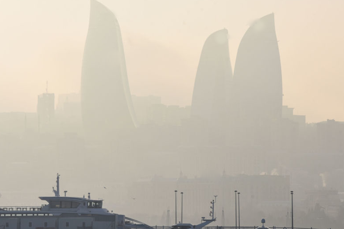 Amount of dust in the air in Baku and Absheron exceeded the sanitary norm by 4.3 times