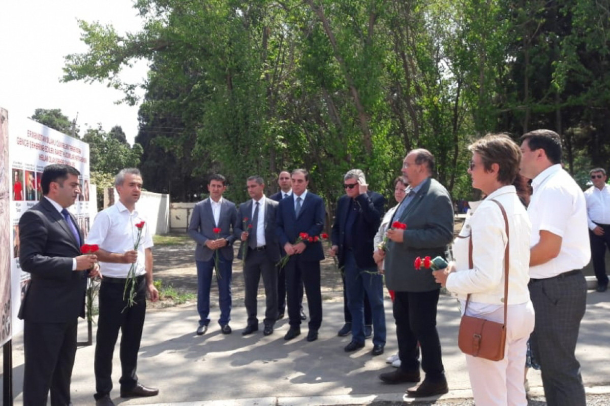 Members of French National Assembly visit the area in Ganja shelled by Armenia-PHOTO