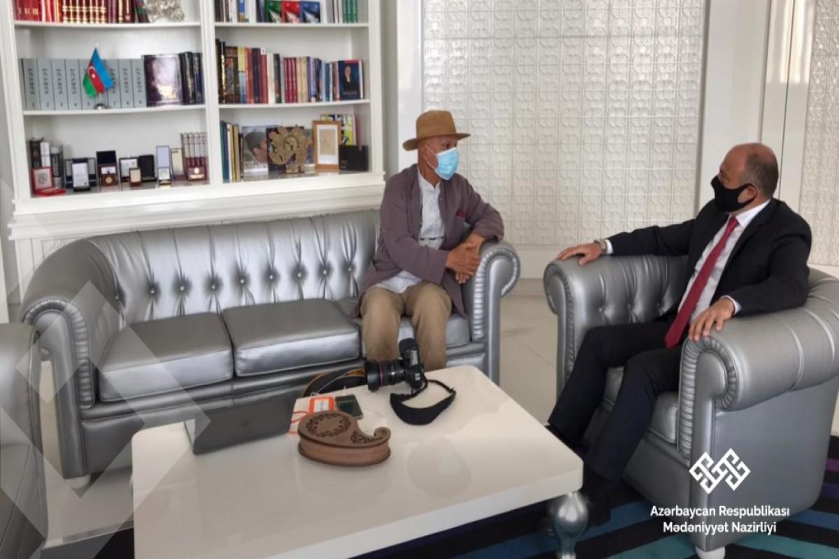 Mədəniyyət naziri Reza Deqati ilə görüşüb