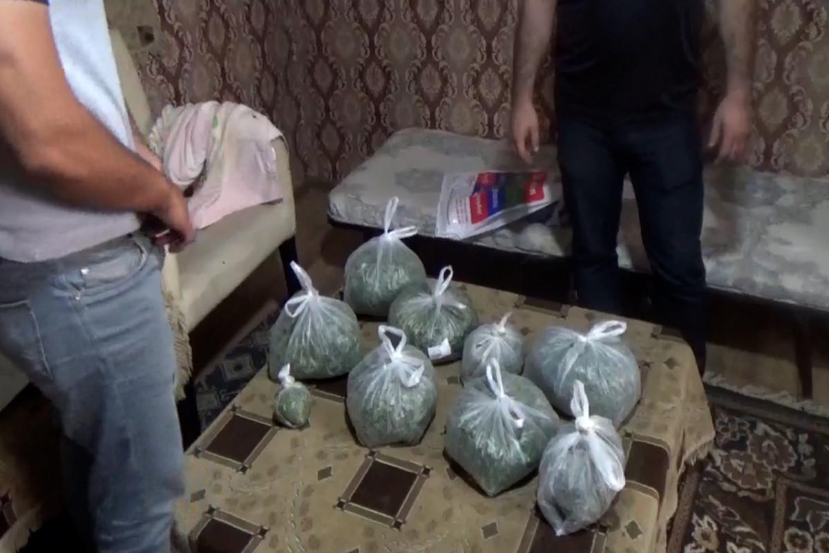 "В результате операции МВД из незаконного оборота изъято около 6 кг наркотиков - <span class=""red_color"">ВИДЕО"
