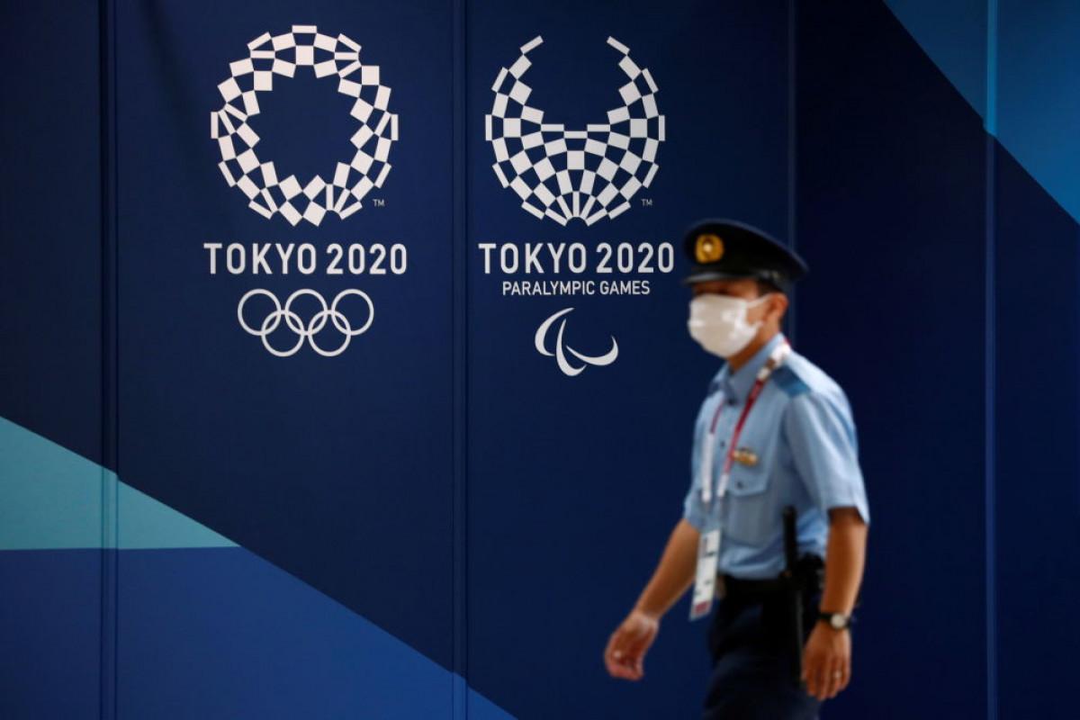 """<span class=""""red_color"""">Tokio-2020: Etiraz kağızları yayan şəxs saxlanılıb"""