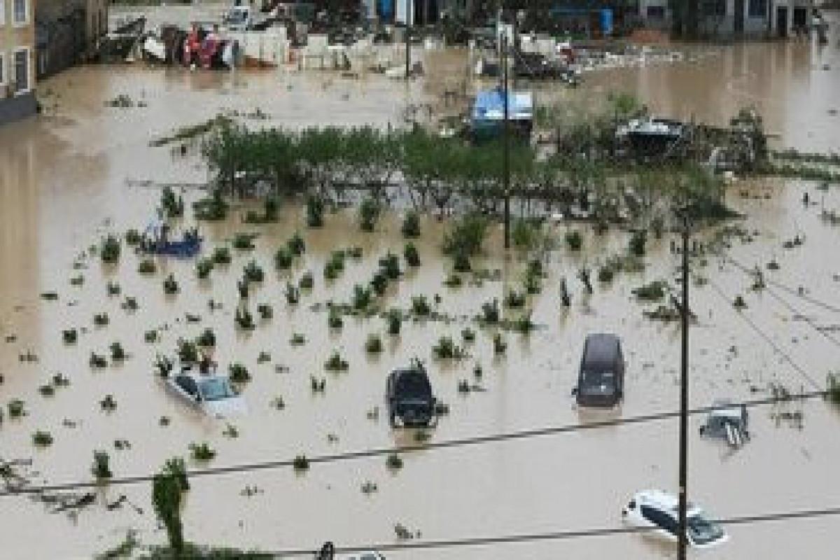 Более 360 тыс. человек эвакуировали из прибрежных районов Шанхая из-за тайфуна «Иньфа»