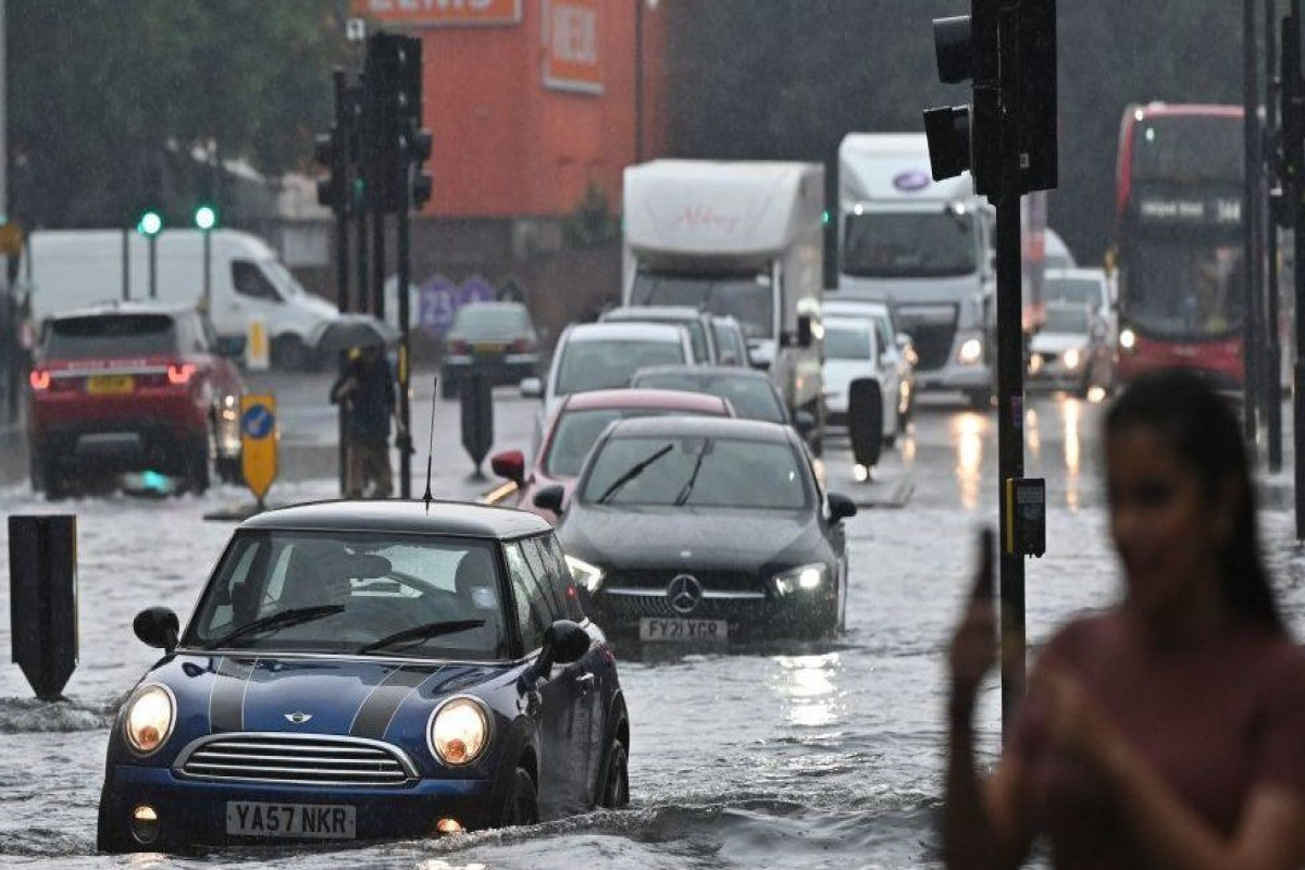Severe flash floods sweep parts of London