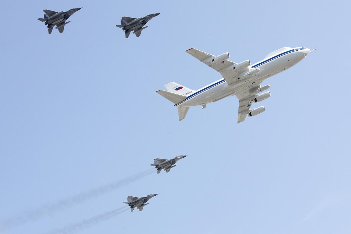 В России создают самолет управления войсками на случай ядерной войны
