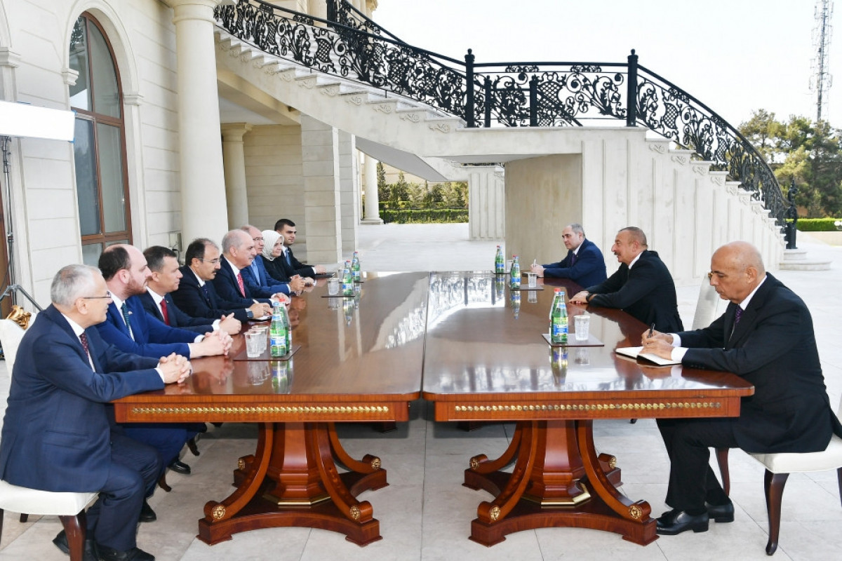 President Ilham Aliyev received delegation led by deputy chairman of Turkish Justice and Development Party