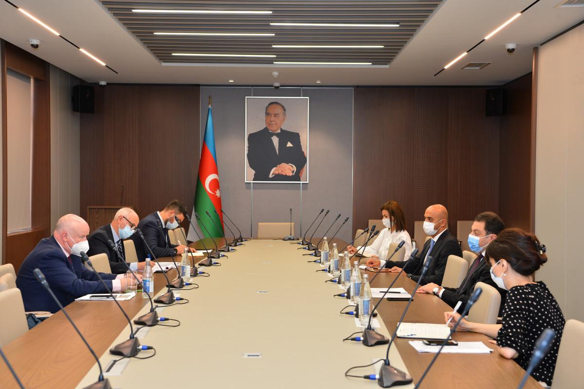 Azerbaijan's deputy FM meets with Paul Gavan