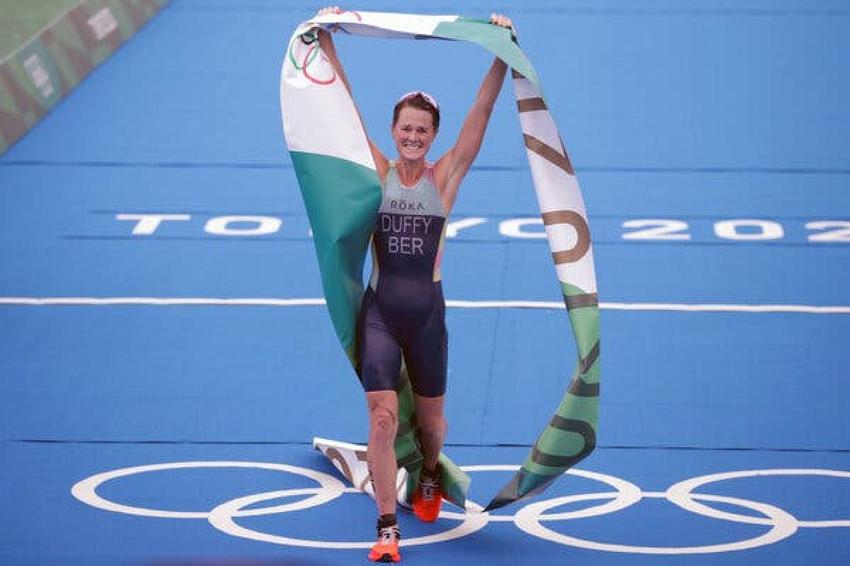 """<span class=""""red_color"""">Tokio-2020: 63 min əhaliyə malik Bermud adaları ilk qızıl medalını qazanıb"""